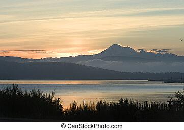 Pacific sunrise - Sunrise in Puget Sound