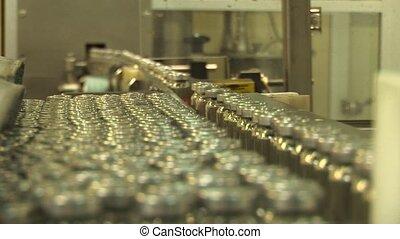 packaging of drugs in glass vials
