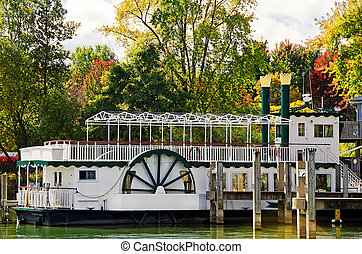 paddle wheel boat in fall