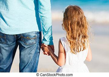 padre, figlia, tenere mani