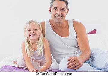 padre, suo, figlia, letto, seduta
