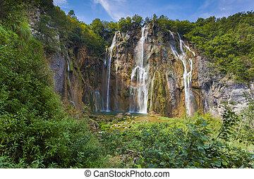 paesaggio, di, uno, bello, roccia, con, uno, cascata, sotto, il, blu, sk