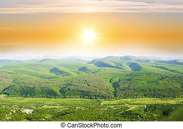 paesaggio montagna, sunset.