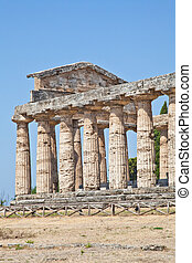 Paestum temple - Italy - The main features of the site today...
