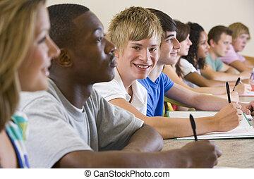 pagar, estudantes, levando, atenção, classe, focus), (selective, notas