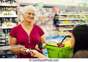pagar, tarjeta de crédito, para, compras