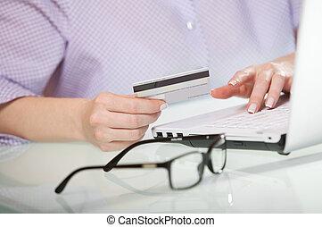 pago, en línea