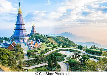 pagodas on the mountain