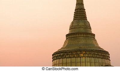 pagode, doré, sommet, kyaiktiyo, rocher
