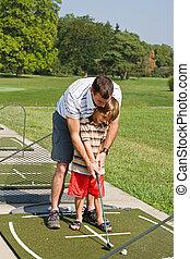 pai, ensinando, golfe, filho
