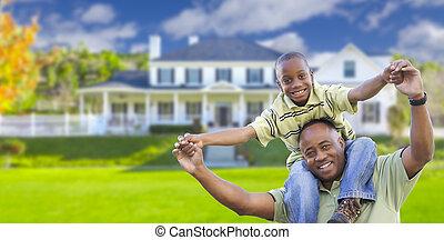 pai, filho, brincalhão, americano, africano, frente, lar
