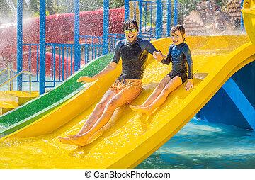 pai, filho, escorregar, parque, água