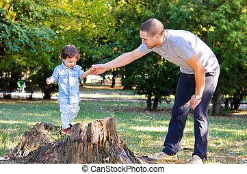 pai, parque, tocando, filho