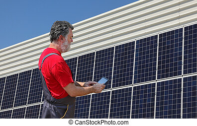 painéis, trabalhador, energia solar