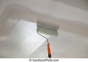 painting a gypsum plaster ceiling with roller