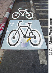 painting bicycle lane