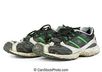 paio, scarpe tennis, portato