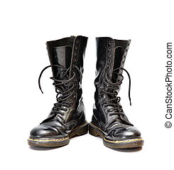 A pair of old and rugged men's/unisex mid-calf black 14 eyelet lace-up combat/ranger boots