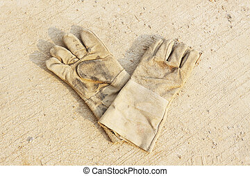 Pair of safety gloves
