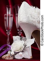 paire, anneaux, verre vin, fond, mariage