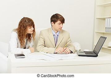 paire, travail, jeune, bureau, hommes affaires