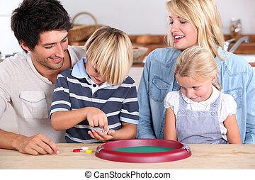 pais, tocando, com, crianças