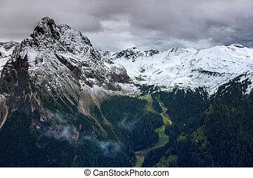 paisagem montanha, em, a, dolomites, itália