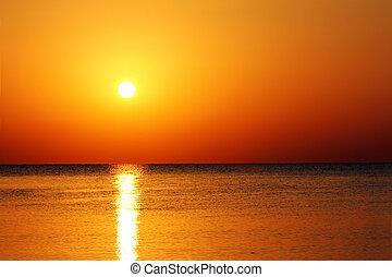 paisaje, con, salida del sol, encima, mar
