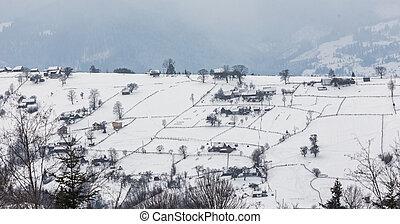 paisaje de invierno, con, nieve, en, montañas