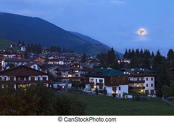 paisaje de montaña, por, noche