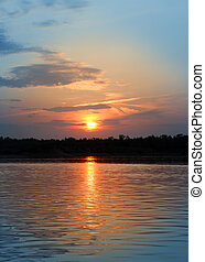 paisaje de río, con, ocaso