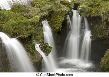 paisible, chute eau