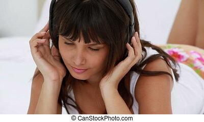 paisible, musique écouter, femme, jeune