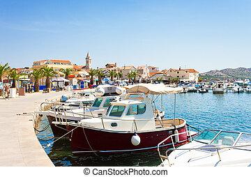 pakostane, kroatien, -, porto , und, alte stadt, von,...