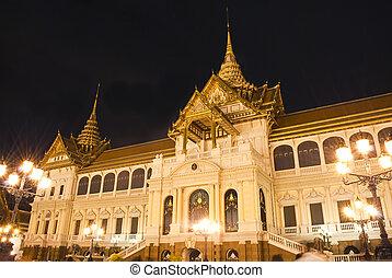 palácio grandioso, à noite, a, principal, turismo, atração,...