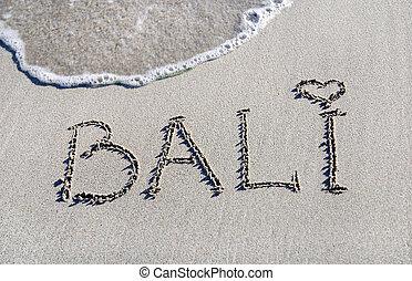 palabra, bali, contorno, en, el, arena mojada, con, onda, brillantez