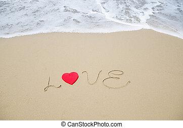 "palabra, ""love"", en la playa"
