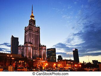 palacio de la cultura y de la ciencia, en, varsovia, polonia