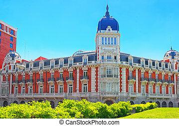 palacio, en, españa, cuadrado, (plaza, de, espana), es, un,...