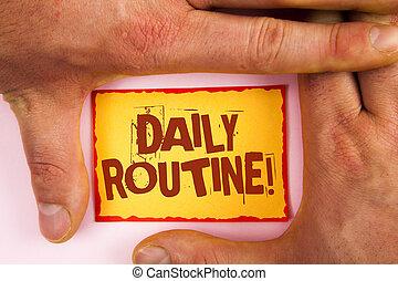 palavra, escrita, texto, rotina diária, motivational, call., conceito negócio, para, todos os dias, bom, hábitos, para, trazer, mudanças, escrito, ligado, nota pegajosa amarela, papel, entre, mãos, planície, experiência.