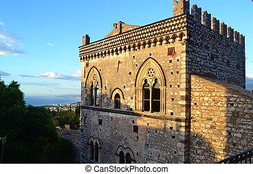 Palazzo San Stefano in Taormina - Old Arab and Norman...