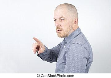 palec wskazujący, brodaty, jego, kieruje, palec, naprzód, człowiek