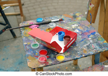 Palette and paints of the artist.