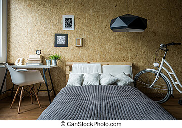 Pallet bed in ecological bedroom - Pallet bed and wooden...