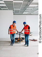 pallet, werkmannen , vrachtwagen, hand