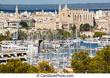 Palma de Mallorca port and Cathedral La Seu, view from...