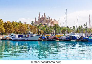 Palma de Mallorca port marina Majorca Cathedral - Palma de...