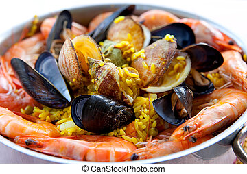 pan with traditional Spanish paella