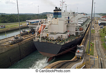 Panama Canal - Gatun Locks - Container ship of the Panamax...