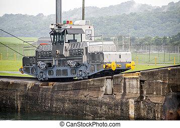 Panama Canal - Gatun Locks